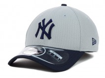 New Era MLB NEW YORK YANKEES Two Tone Diamond 39THIRTY Stretch Fit Cap